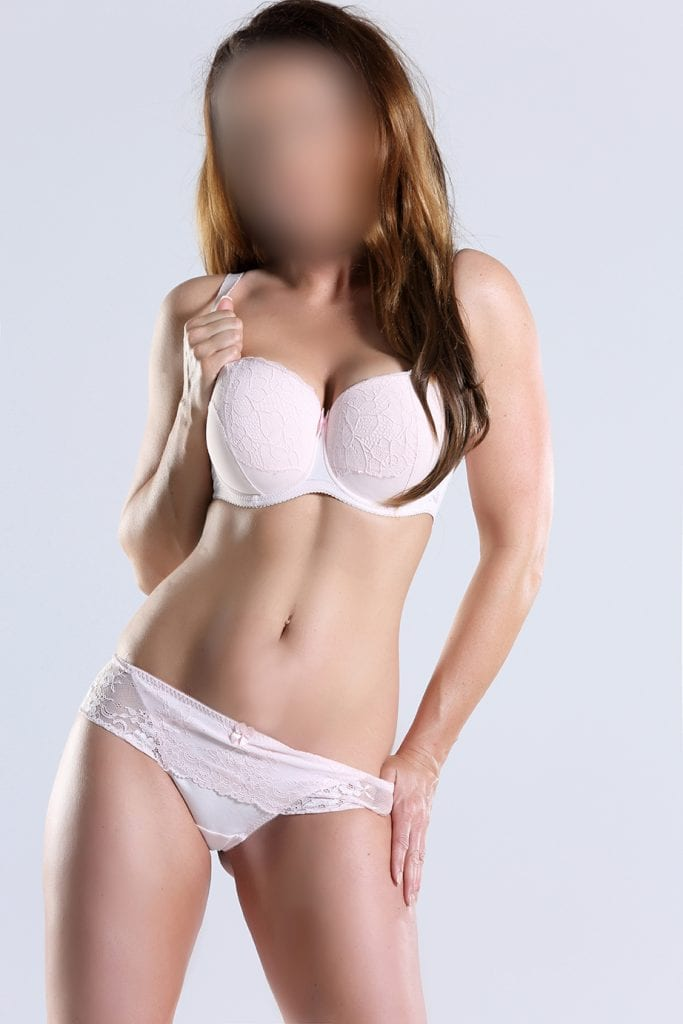 LUXURY ESCORTS MODEL